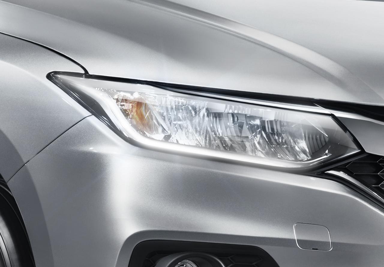 Full-LED-Headlight-with-LED-Daytime-Running-Light