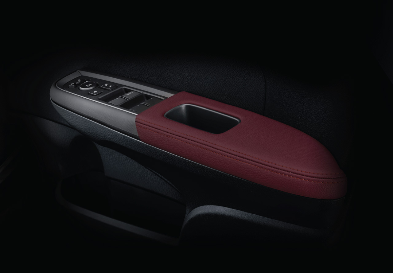 NEW-Leather-Pad-On-Door-Armrest